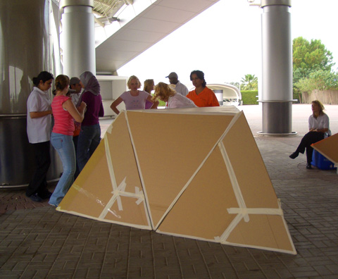 Team Building photos Flat Out Pyramides 2.jpg